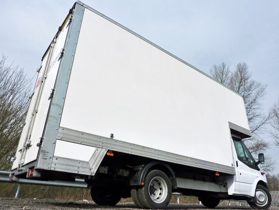 14 foot Dropwell Luton Box Van Pantechnicon Rental 12