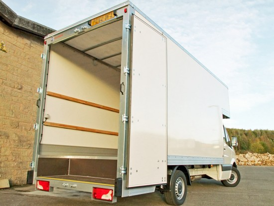 16 foot Dropwell Luton Box Van VW Crafter 06