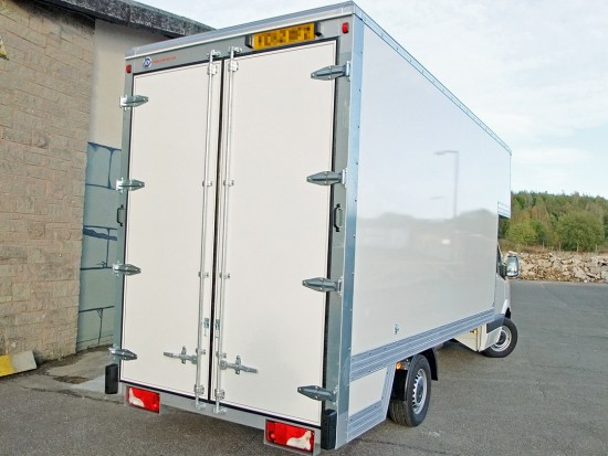 16 foot Dropwell Luton Box Van VW Crafter 10