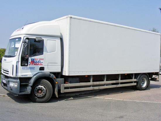 18 tonne Box Van with Tail Lift 02