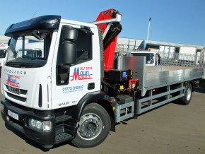 18 tonne lorry with crane - HIAB crane rental. Crane Lorry with Front Mount Loader from Maun Motors Self Drive hire