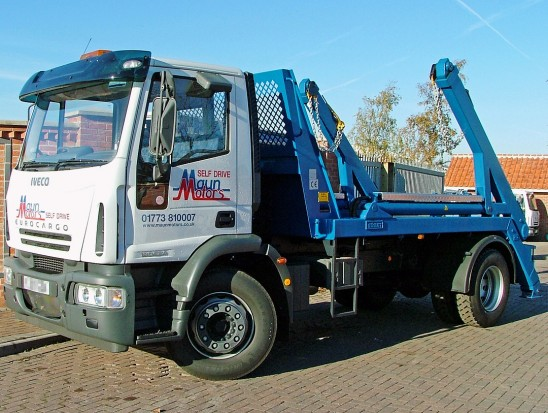18 tonne Skip Wagon Lorry Rental 01