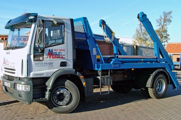 18 tonne Skip Wagon Lorry Rental 03
