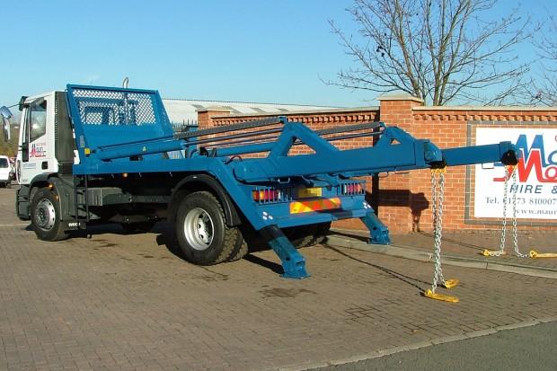 18 tonne Skip Wagon Lorry Rental 07