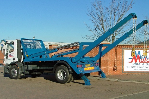 18 tonne Skip Wagon Lorry Rental 09