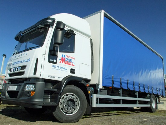 Curtain side rental - 18 tonne curtain side truck - Tautliner 18t Curtainsider HGV rental Sleeper Cab with Tail lift from Maun Motors Self Drive hire