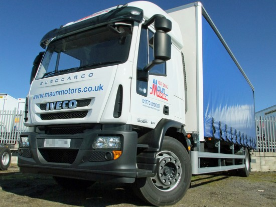 18t Curtain Side Sleeper Cab Tail lift Iveco 05