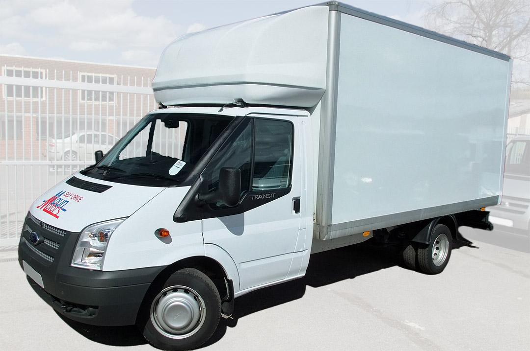 maun motors self drive 18 tonne lorry with crane hire. Black Bedroom Furniture Sets. Home Design Ideas