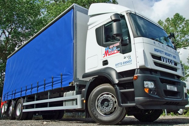 26 tonne Moffett Curtain Side Sleeper Cab Rental 03