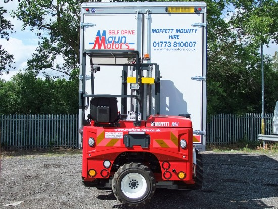 26 tonne Moffett Curtain Side Sleeper Cab Rental 06