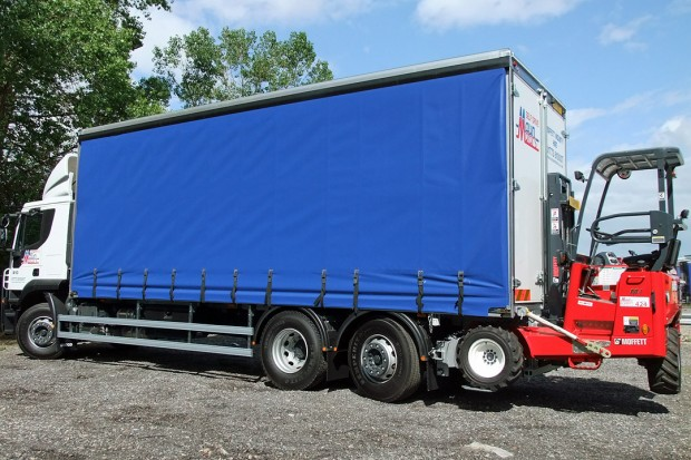 26 tonne Moffett Curtain Side Sleeper Cab Rental 08