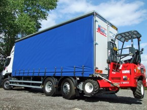 26 tonne Moffett Curtain Side Lorry with Moffett Fork Lift Mounting rental from Maun Motors Self Drive hire