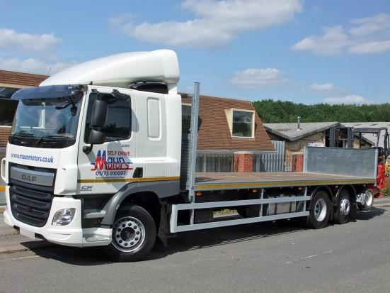 26 tonne Moffett Flatbed Sleeper Cab Rental 01