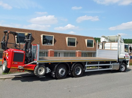 26 tonne Moffett Flatbed Sleeper Cab Rental 11