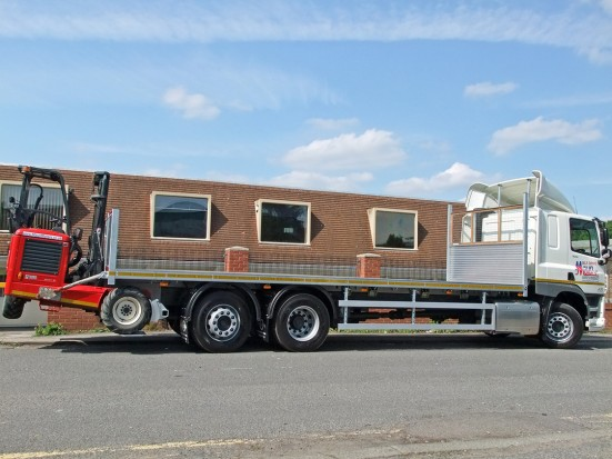 26 tonne Moffett Flatbed Sleeper Cab Rental 12