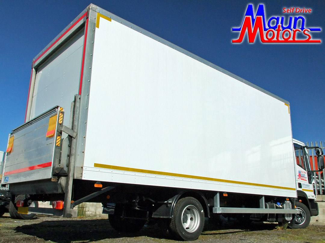 7.5t Box Van with Tail Lift Hire - Day Cab