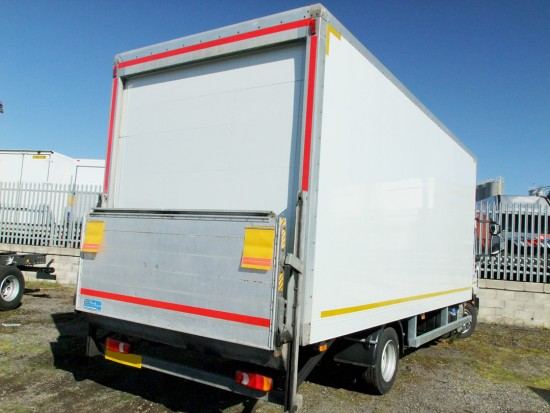 7-5 tonne Box Van with Tail Lift Hire 04