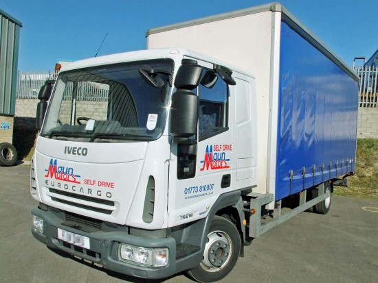 7-5 tonne Curtain Side Lorry Rental Sleeper Cab 06