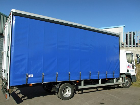 7-5 tonne Curtain Side Lorry Rental Sleeper Cab 07