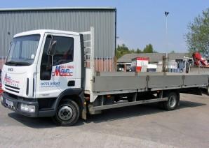 7.5 tonne Dropside hire - 7.5t Lorry Rental from Maun Motors Self Drive Truck hire