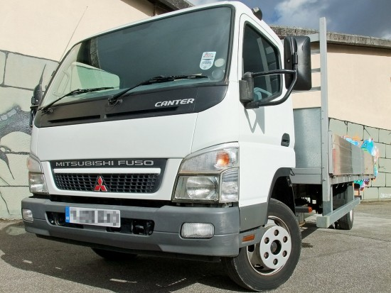 7-5 tonne Fuso Canter Dropside Rental 05