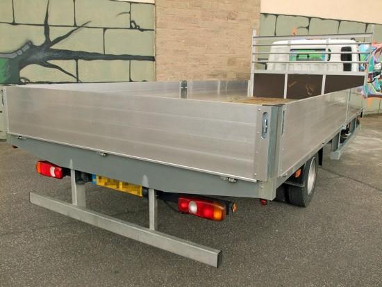 7-5 tonne Fuso Canter Dropside Rental 08