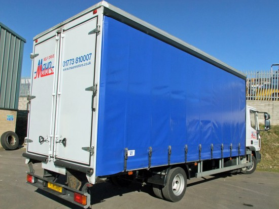 7.5 tonne Curtain Side Rental