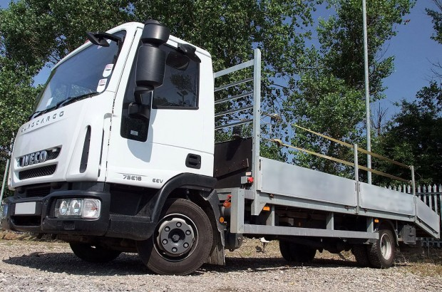 7.5t Beavertail Lorry Rental 02