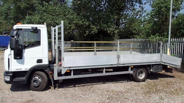 7-5t Beavertail Lorry Rental 03