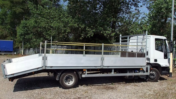 7-5t Beavertail Lorry Rental 07
