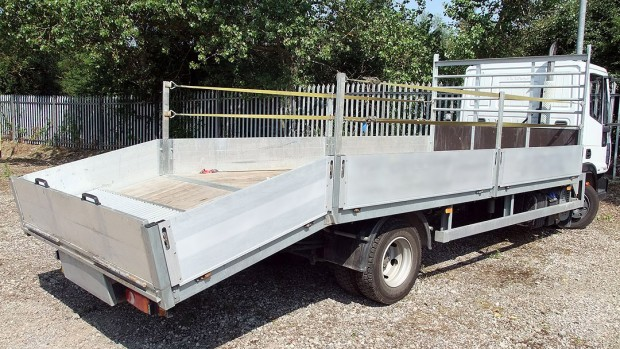 7-5t Beavertail Lorry Rental 10