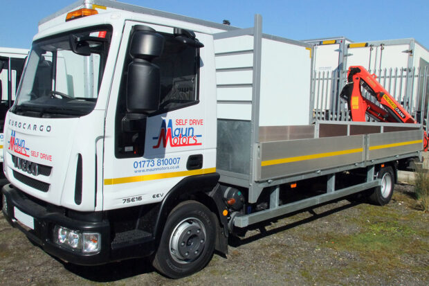 7.5t Crane Lorry Hire. Dropside with Rear-Mount Palfinger Hiab Loader from Maun Motors Self Drive commercial vehicle HIAB lorry rental