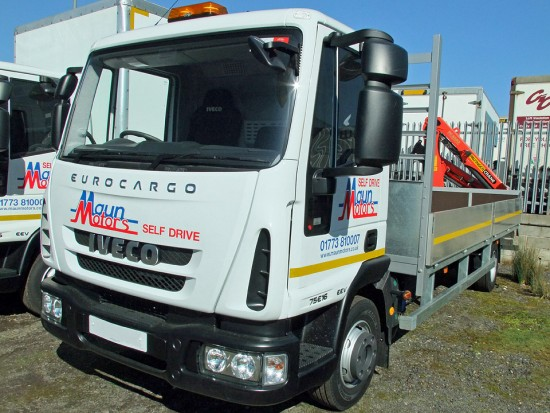 7-5t Dropside Rear-Mount Crane Rental 07
