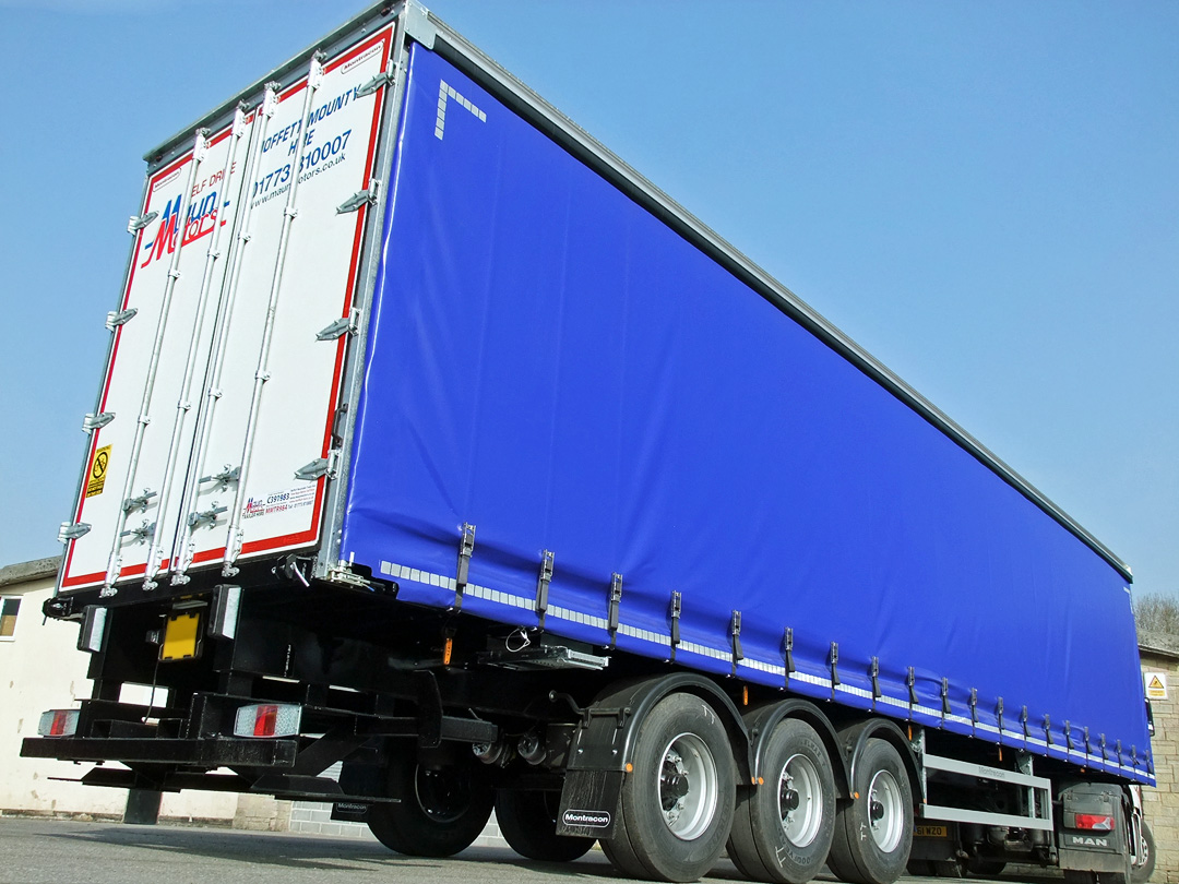 Trailer Rental, Tri-Axle HGV Curtain-Side Trailer with Moffett Mounting Attachment Kit