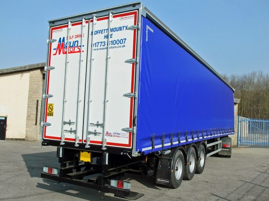 Curtain Side Trailer Hire - Tri-Axle 40 foot Trailer Rental 27