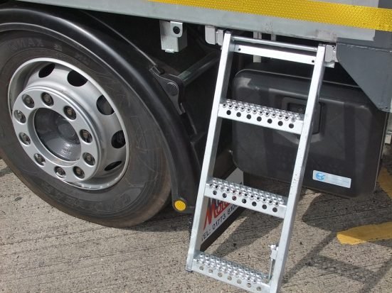DAF 26t Rear Mount Flatbed with HMF_11