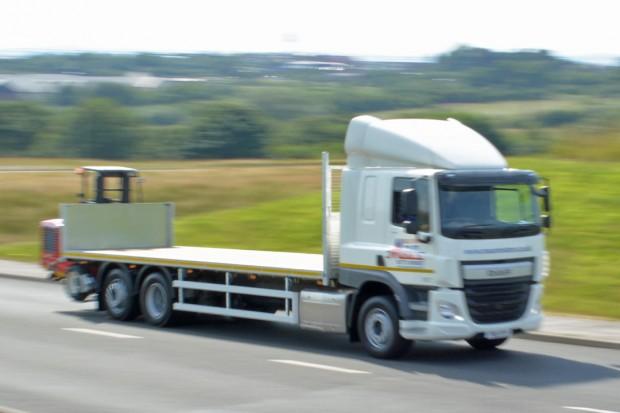 DAF Flatbed Moffett Lorry_05