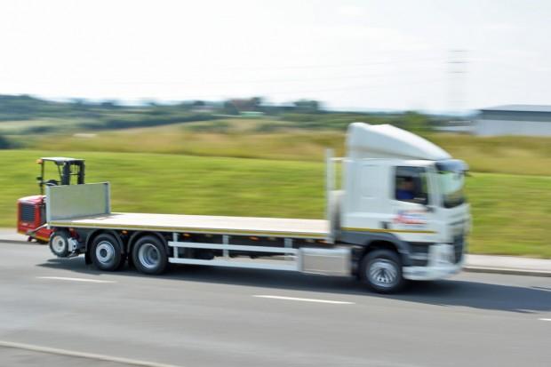 DAF Flatbed Moffett Lorry_06