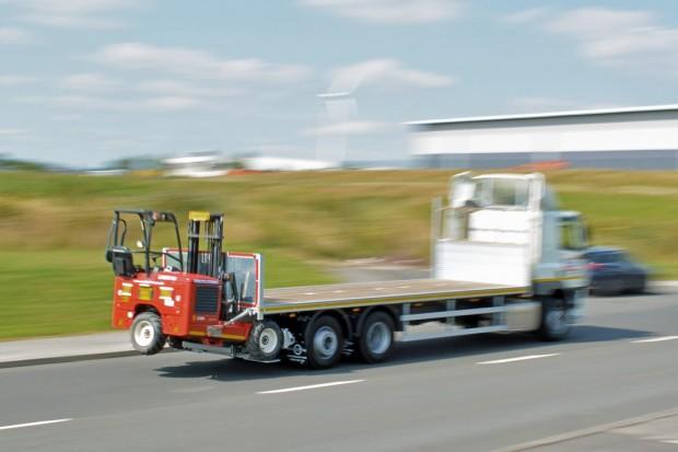 DAF Flatbed Moffett Lorry_10