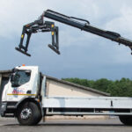 Builders merchant spec 18t brick grab crane lorry