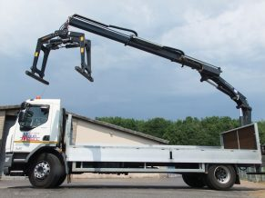 Hire a Builders merchant spec 18t brick grab crane lorry from Maun Motors Self Drive