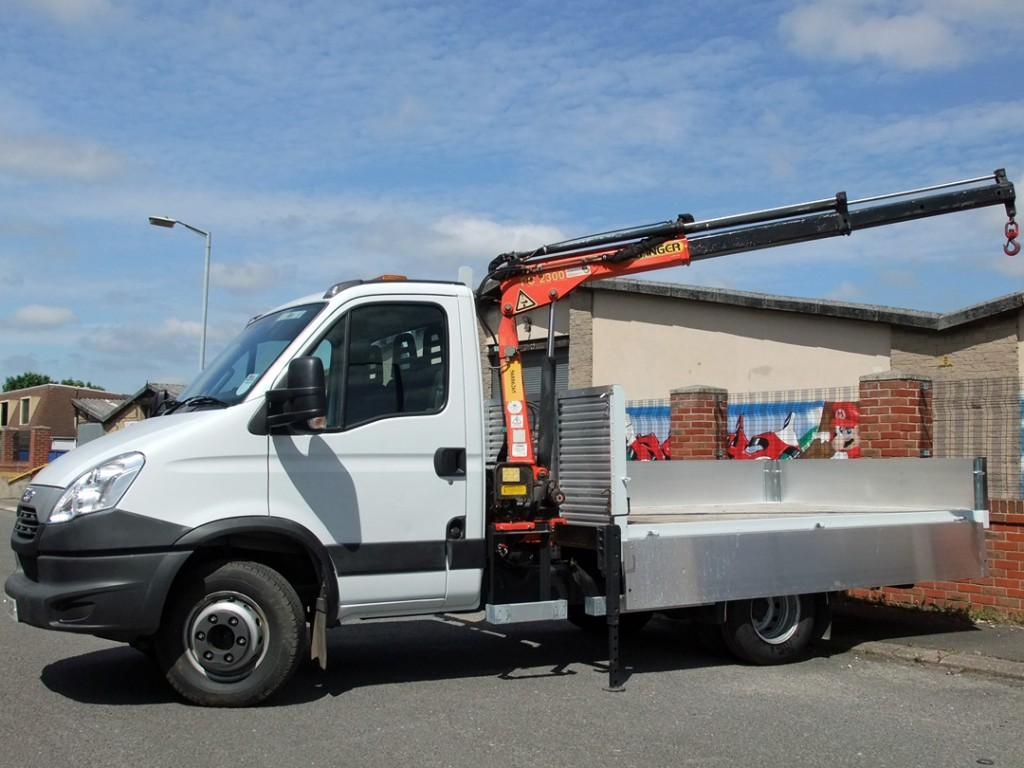 Specialist Commercial Vehicle Hire from Maun Motors Self Drive - Iveco Daily 6.5t Dropside with Crane - Specialised van hire, specialist lorry hire, specialist van hire, specialised vehicle hire