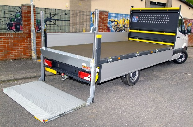 Dropside Tail Lift Towbar Tachograph 3T Rental 05