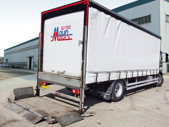 Iveco 18t Curtain & Tail Lift + Logo_HRE_12z