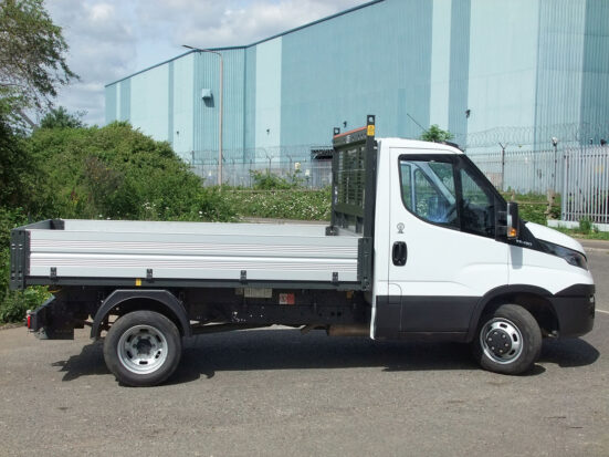 Iveco Daily Tipper - 2016 - + Logo_HIRE_19