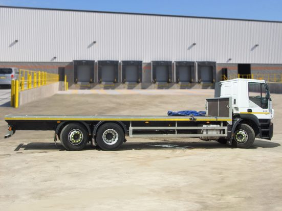 Iveco Stralis 26t Flatbed - 2014 - no Logo _HIRE_06z2