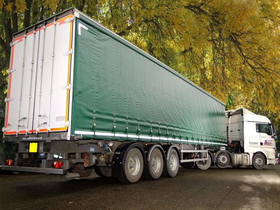 Large Curtainsider HIRE_01
