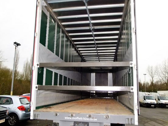 Large Curtainsider HIRE_05b