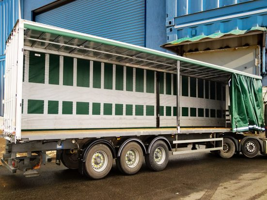 Large Curtainsider HIRE_07b