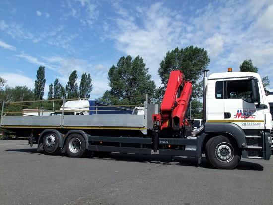 MAN-26t-front-mount-crane_hire_04a